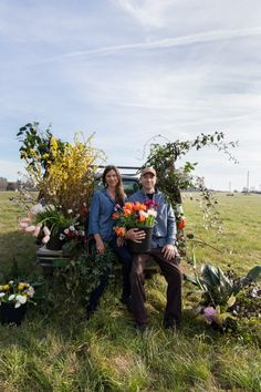Episode 254: Today's Modern Flower Farmers: Georgia's Steve and Mandy O'Shea of 3 Porch Farm and Moonflower Design