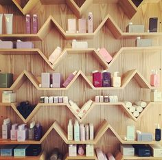 Beautiful KEVIN.MURPHY display!