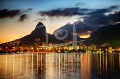 A Lagoa Rodrigo de Freitas representa uma das principais atrações turísticas da cidade do Rio de Janeiro. É conhecida como O Coração do Rio de Janeiro, devido a seu formato semelhante a um coração. É um bairro de classes média-alta e possui um dos maiores índices de desenvolvimento humano do país.