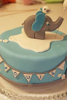 Geburtstagstorte mit kleinem Elefant...birthday cake with a Little ...