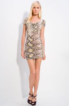 Love this super cute minidress by Roberto Cavalli :)