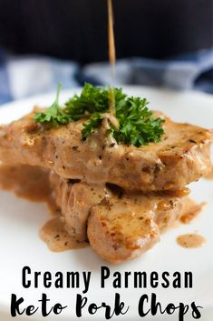 If you are looking for a low carb meal that leaves you satisfied Creamy Garlic Parmesan Keto Pork Chops is the one to try. You will have a restaurant quality mealin minutes preparing this one skillet keto recipe! Low Carb Meal Plan, Low Carb Keto, Low Carb Recipes, Healthy Recipes, Quick Recipes, Parmesan Pork Chops, Garlic Parmesan, Pollo Keto, Appetizers