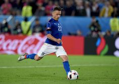Emanuele #Giaccherini of Italy scores at the penalty shootout during the UEFA EURO 2016 quarter final match between Germany and Italy at Stade Matmut Atlantique on July 2, 2016 in Bordeaux, France.