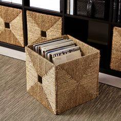 Купить КВАРНВИК Коробка с крышкой, серый по выгодной цене в интернет-магазине - IKEA Kallax Shelf Unit, Kallax Shelving, Kallax Insert, Kallax Regal, Painted Drawers, Storage Boxes, Cube Storage Baskets, Toy Storage, Homes