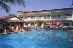 #GoOnIndia SILVER SANDS BEACH RESORT is ideally located right on Colva Beach, the endless silver sand shoreline, surrounded by the warm azure blue Arabian Sea. Strongly recommended by Goibibo