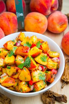 Chipotle Peach Salsa: the perfect combo of smoky heat 'n juicy sweetness (raw, vegan).