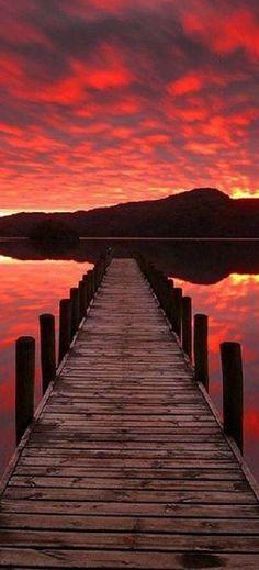 AMAZING red SUNSET #photo by Caminhos do Vento on facebook #steg dock reflection sky