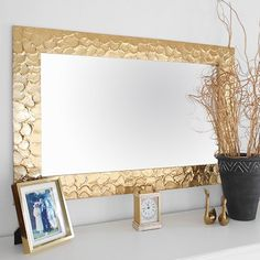diy knock off metallic mirror frame, crafts, home decor, how to, wall decor decoration design Cheap Home Decor, Diy Home Decor, Room Decor, Painted Furniture, Diy Furniture, Spiegel Design, Iron Orchid Designs, Deco Originale, Sunburst Mirror