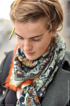 scarf - love the colors, and that particular accent of that particular orange