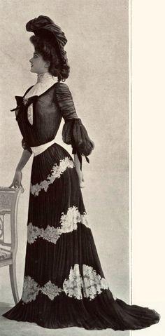 The Gibson Girl...1901 November, Les Modes Paris - Dinner dress by Doueillet