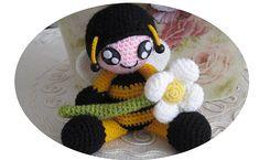 Kid in Costume - Bee Amigurumi - Free Pattern - PDF Download