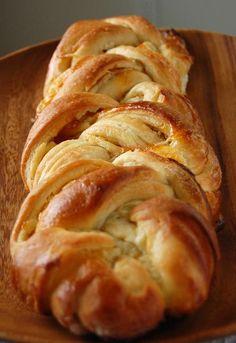 Apricot Pineapple Cheese Braid    #Bread #Cheese