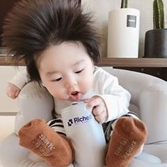 and baby ulzzang Image may contain: 1 person Image may contain: 1 person Cute Baby Boy, Cute Little Baby, Pretty Baby, Little Babies, Cute Kids, Cute Asian Babies, Korean Babies, Asian Kids, Cute Babies
