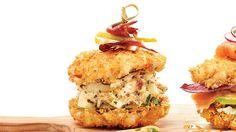 Sushi-burger au crabe, à la poire et au canard fumé