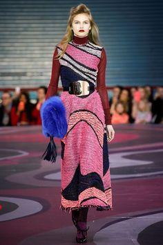 Sfilata Roksanda Londra - Collezioni Autunno Inverno 2015-16 - Vogue