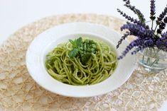 Spaghetti z pesto z mięty ⋆ M&M COOKING Pesto, Spaghetti, Cooking, Ethnic Recipes, Food, Kitchen, Essen, Meals, Yemek