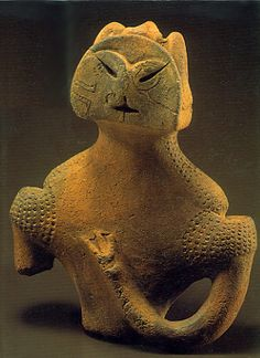 Japanese Wonder ceramic figurine. B.C.5,500 - 4,500 This figurine was unearthed on Kamikurokoma Yamagata Japan.