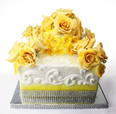 Crystallized Roses & Violas on a wedding cake!
