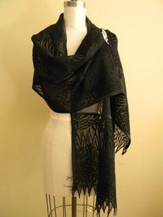20 OFF Christmas SALE Elegant Black Wool Lace Shawl. by Olimpias, $120.00