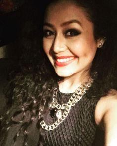 Everyone knows that Neha Kakkar is one of the top singers in Bollywood today. But did you know she's also a selfie queen? Top Singer, Neha Kakkar, Cute Beauty, She Song, Bollywood Actors, Dimples, Actors & Actresses, Selfie, Celebrities