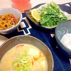 和食です꒰*´∀`*꒱ 春菊の天ぷら美味しい(*^^*) - 45件のもぐもぐ - 豚汁定食(^。^) by yuinori