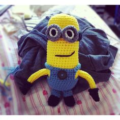 Despicable Me minion for my friend's bday :)