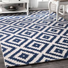 New nuLOOM Kellee Contemporary Wool Rug, 6 x 6 , Navy, 6 6 online shopping - Chicprettygoods Navy And White Rug, Navy Rug, Navy And White Living Room, White Rugs, White Area Rug, Blue Area Rugs, Blue Rugs, Area Rugs For Sale, Classic Furniture