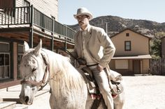 Matthew Fox in Bone Tomahawk