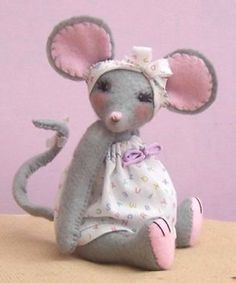 Miss Stitch Kit - soft toy sewing kit to make this cute felt mouse