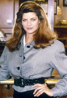 Celebrity Big Brother: Kirstie Alley reveals how she made 'fortune off fat loss' as she opens up about tax problems and weight transformation - OK! Power Dressing, 80s Fashion, Fashion Looks, Fashion Tips, Fashion Trends, Kirstie Alley Cheers, Cheers Tv Show, Cheers Photo, Celebrity Big Brother