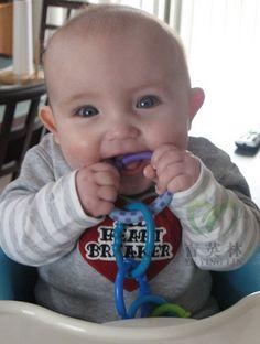 24pcs calientes Mordedor Juguete del bebé del traqueteo del bebé Cochecito Anillos coloridos del arco iris Cuna Decoración colgante de regalo de los juguetes para los niños del bebé