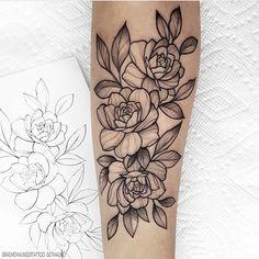 New flash (Taken) Simple rose ⠀⠀⠀⠀⠀⠀⠀⠀⠀ Do you like larger or smaller more simple flash designs? Black Ink Tattoos, Pin Up Tattoos, New Tattoos, Body Art Tattoos, Small Tattoos, Tattos, Rose Tattoos For Women, Sleeve Tattoos For Women, Flower Tattoo Drawings