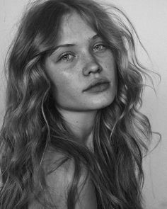 Camilla Christensen(born December 7, 1993) is a French Model, Instagram Influencer, and Social Media Star from Paris. She garnered huge public attention after modeling for various streetwear brands as well as swimwear brands. Camilla Christensen is an Actress Trending Instagram Star and Model. She is famous for her beautiful and attractive personality. She has Huge […] The post Camilla Christensen Biography, Age, Images, Height, Figure, Net Worth appeared first on Bioofy.