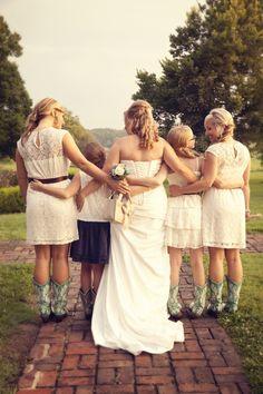 Pretty summer wedding picture Christina Stallard Photography