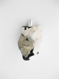 Pure & honest flint stone perfume bottle