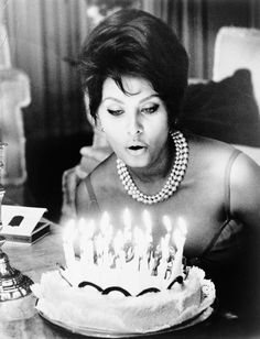 vintagegal:  Happy Birthday Sophia Loren!  (September 20,1934)