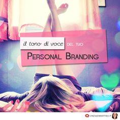 Quando pensi al tuo Personal Branding, pensi in grande? Giustissimo! Ma per avere successo, il tono di voce deve essere autentico. Deve essere il tuo!