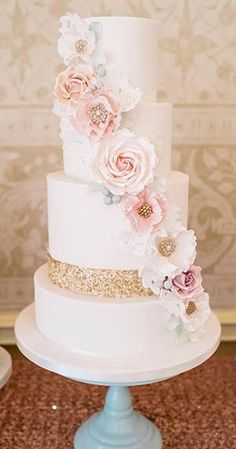 pink and glittery gold elegant wedding cakes