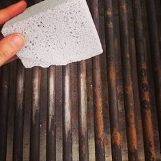 Need to give your grill a deep clean before your summer grilling heats up? This cleaning block scuffs off charred bits and leaves your grill nice and clean!