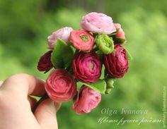 Купить Брошь с ранункулюсами - бордовый, ранункулюс, брошь, подарок, брошь с цветами, украшения ручной работы