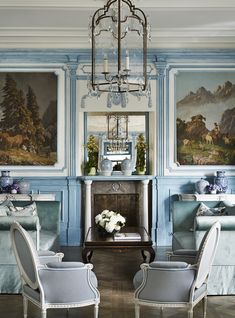 The Sophisticated Interiors of Chateau Gutsch by multi-award winning Los Angeles based interior designer Martyn Lawrence Bullard. Read our interview with on magazine Decor, Interior Design, Blue Decor, Hotels Design, American Decor, French Interior, Beautiful Interiors, Interior, Home Decor