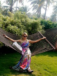 Paris Hilton takes on India Resort Fashion Week!