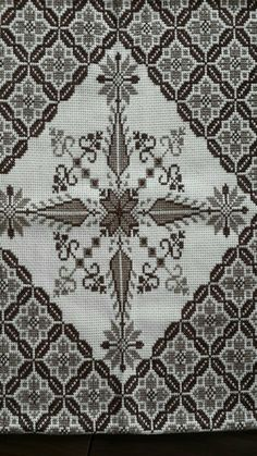 Cross Stitch Borders, Cross Stitch Flowers, Cross Stitch Designs, Cross Stitch Patterns, Palestinian Embroidery, Star Patterns, Blackwork, Embroidery Patterns, Bohemian Rug