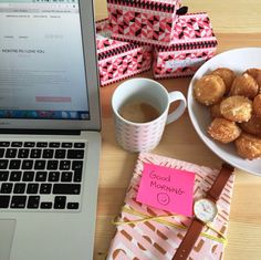 Café, chouquettes et bonne humeur ce matin pour la jolie team VeryMojo ☕️ Bonne semaine ! #verymojo #monday #goodmorning #freshnewstart #office #bureau #coffee #montre #watches #feelgood
