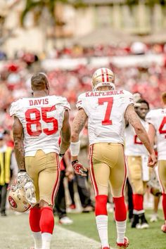 49ers My two favorite players of the past few seasons! KAEP & DAVIS