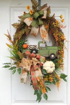 Christmas Wreaths For Front Door, Holiday Wreaths, Door Wreaths, Bridal Wreaths, Winter Wreaths, Floral Wreaths, Burlap Wreaths, Sunflower Wreaths, Spring Wreaths