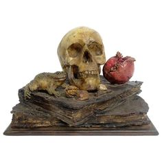 Important and Rare Wax Memento Mori, Italy, circa 1730 1