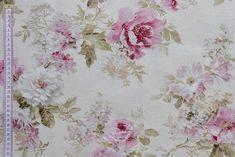 Květinová dekorační látka s motivem růží. Velkmi vhodné pro ušití elegantních závěsů, dekorativních polštářů či vytvoření netradičních ubrusů.