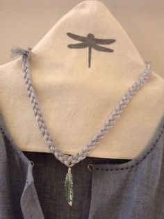 funda perchas #nelybelula I Love Fashion, Graphic Design, Chain, Collar, Gold, Handmade, Jewelry, Sterling Silver, Feathers
