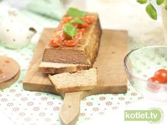 Pasztet drobiowy Cooking With Ground Beef, Polish Recipes, Polish Food, Online Cookbook, Easter Recipes, Feta, Recipies, Food And Drink, Dairy